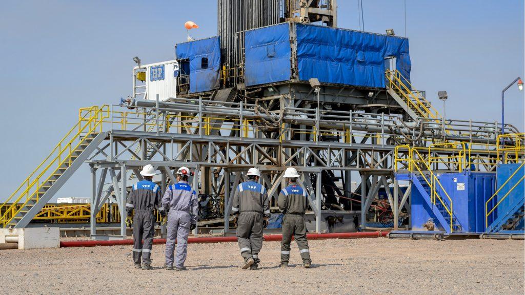 La petrolera argentina YPF y Vaca Muerta, inversiones de la empresa Repsol