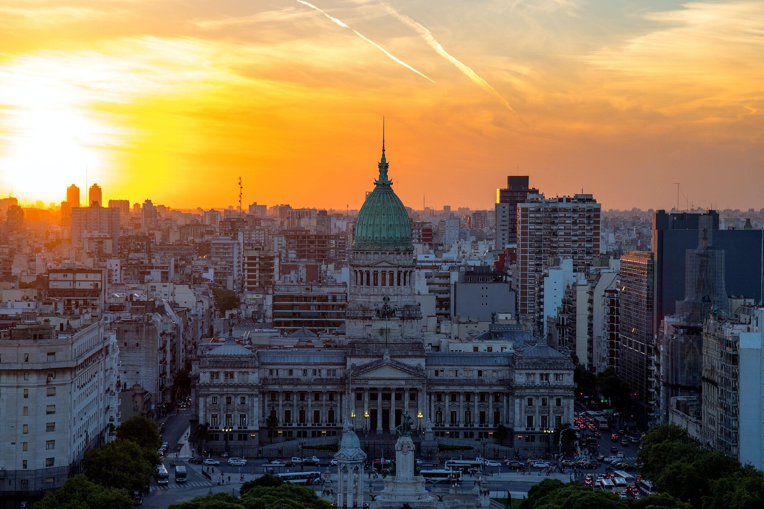 5 cosas para salvar la economía argentina (Video)
